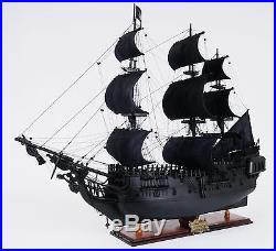 Old Modern Handicrafts Black Pearl Pirate Model Ship