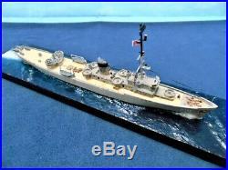 PCE-901 USS Parris Island / Pro built diorama / 1302 / FREE SHIPPING