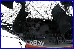 Pirates of the Caribbean SHIP MODEL 28-inch Black Pearl Jack Sparrow Collectable